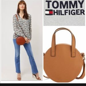 Tommy Hilfiger low-rise bootcut